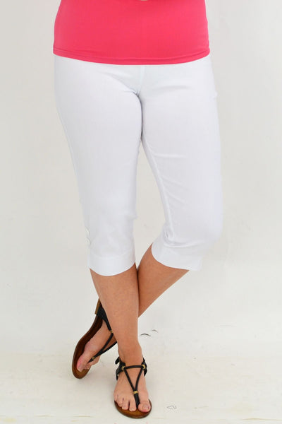 White 3 Button 3/4 Pull on Pants