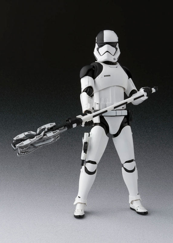 S. H. Figuarts Star Wars The Last Jedi - First Order Executioner