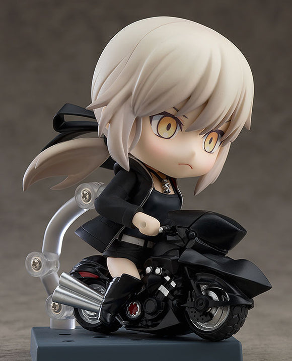 Nendoroid Fate Grand Order - Saber Altria Pendragon (Alter) Shinjuku Version & Cuirassier Noir