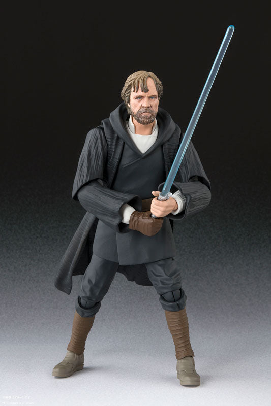 S. H. Figuarts Star Wars The Last Jedi - Luke Skywalker Battle of Crait Version