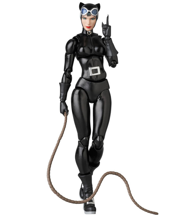 MAFEX Catwoman (HUSH Version) Pre-order