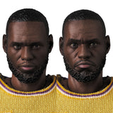 MAFEX NBA - LeBron James (Los Angeles Lakers) Pre-order