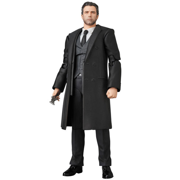 MAFEX No.076 Justice League- Bruce Wayne