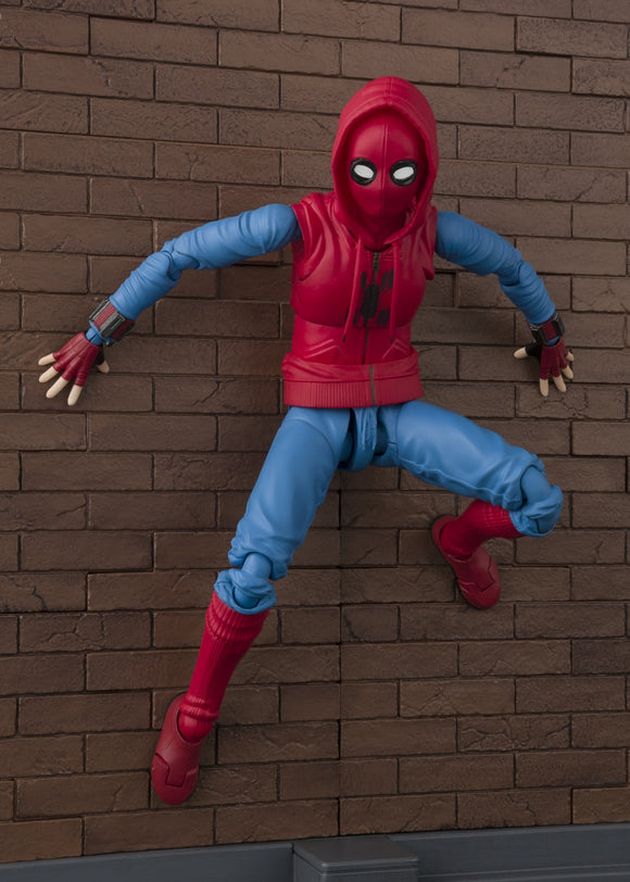 S. H. Figuarts Spider-Man: Homecoming - Spider-Man (Home Made Suit Ver.) & Tamashii Option Act Wall