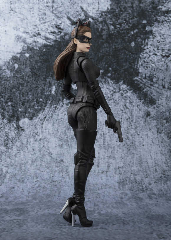 S. H. Figuarts Batman The Dark Knight Rises - Catwoman Tamashii Web Exclusive