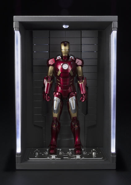 S. H. Figuarts Marvel The Avengers - Iron Man Mark 7 And Hall Of Armor Set