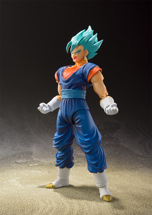 SDCC 2018 S. H. Figuarts Dragon Ball Z - SSGSS Vegito / Vegetto