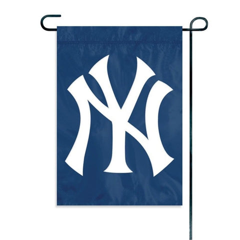 "New York Yankees Flag - Indoor/Outdoor 15""x10"" Garden Flag"