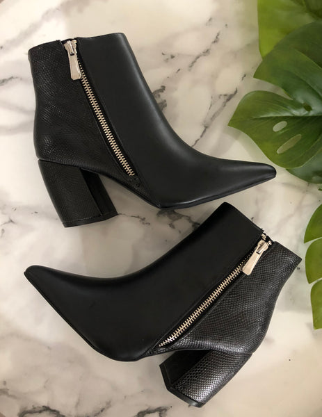 Stubborn Heart Booties -Black