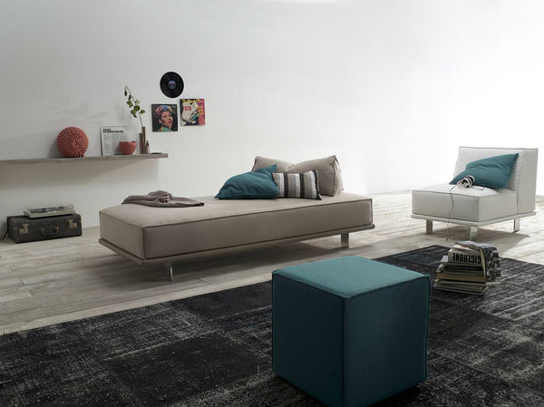 Young sofa by felis.it
