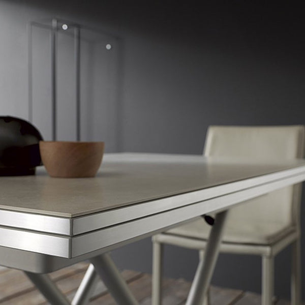 Bessy transforming coffee table by Altacom Italia