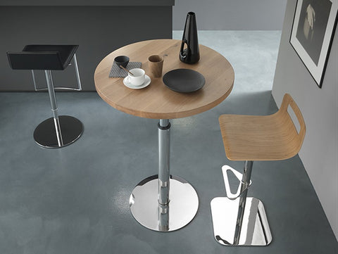 Center, height adjustable table by Altacom Italia