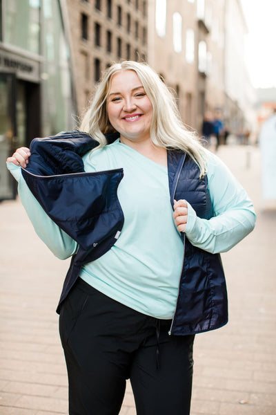 Raiski Jubilee R+ black outdoor pants for curvy women