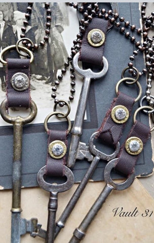 Vintage skeleton key necklace
