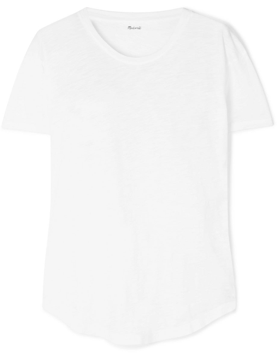 Madewell white t-shirt classic essential Capsule wardrobe item on ownmuse.com