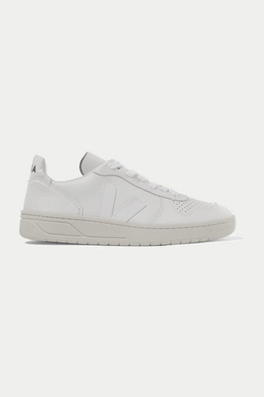 Veja + Net Sustain - V-10 Leather Sneakers