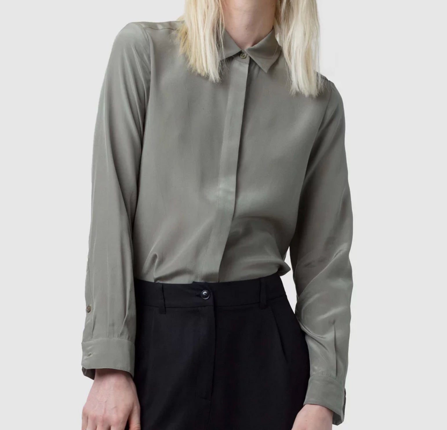 Atsuko shirt - By Nique in khaki colour and made from silk