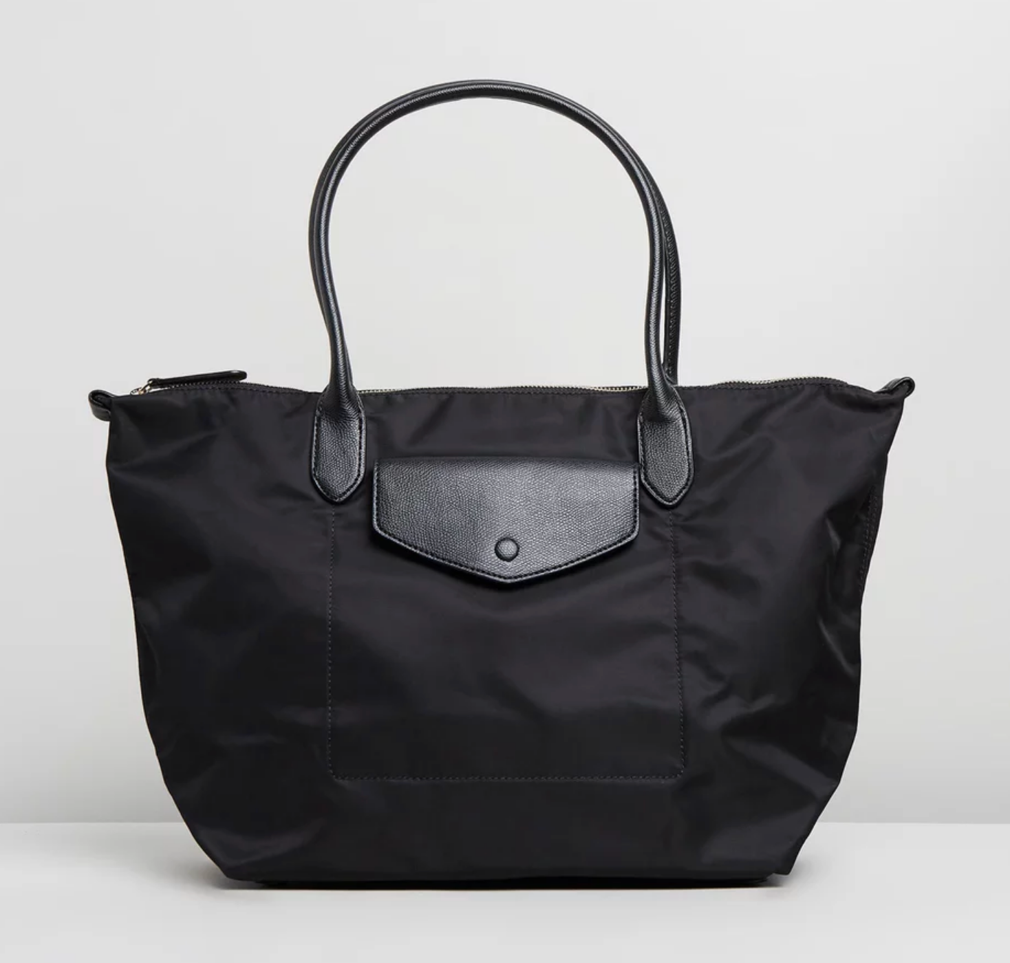 Banana Republic - Black feminine nylon tote bag