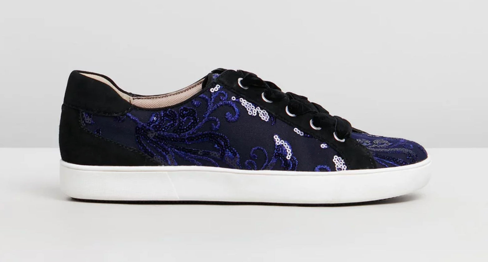 Naturalizer - Blue navy and black 'Morrison' sneakers shoes