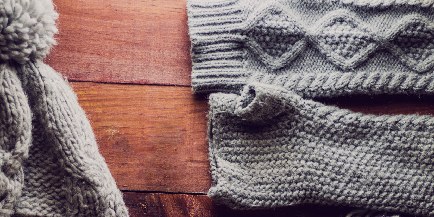 REUSE: Repurpose Old Sweaters and Jumpers - Arm bands, Mittens and Beanie