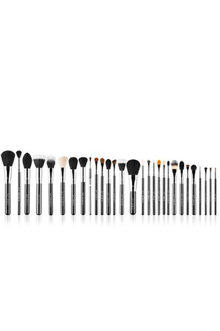 "Professional make up brushes kit, with how to<a href=""https://api.shopstyle.com/action/apiVisitRetailer?id=492455049&pid=uid8921-38856661-53&site=www.shopstyle.com.au"" target=""_blank"">"