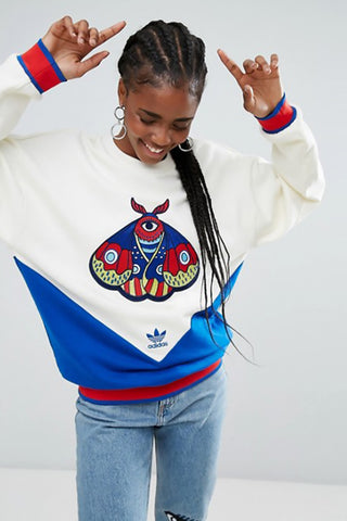 "Embellished Arts Embroidered Oversized Sweatshirt<a href=""http://shopstyle.it/l/ewN8"" target=""_blank"">"