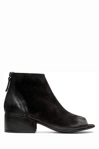 Best New Season Ankle Boots - Capsule Wardrobe Collection | ownmuse.com