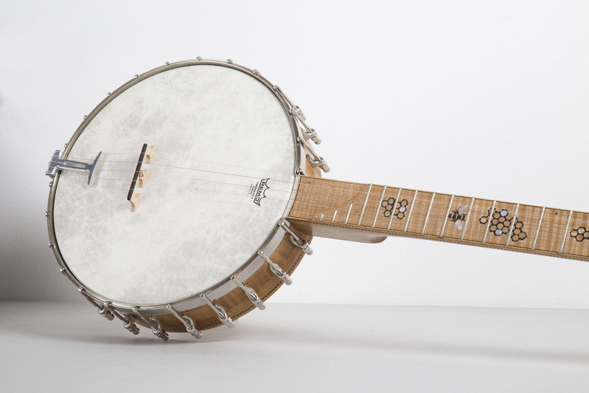 Banjos, guitars and other instruments handmade in UK: superb