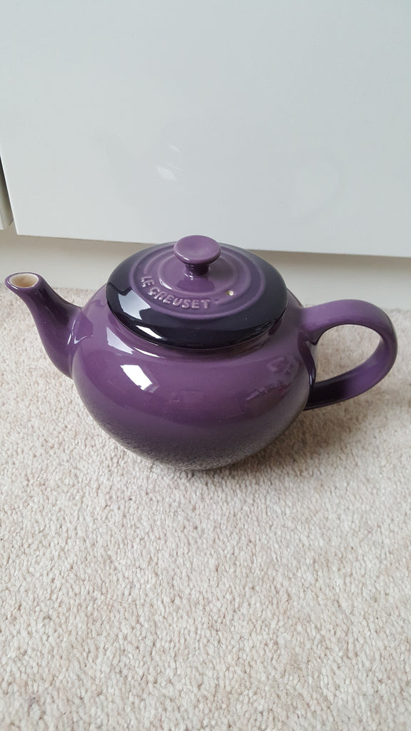 Le Creuset Small Teapot with Infuser 0.6L (cassis) - 阿太雜貨 (英國,香港集運) - 1