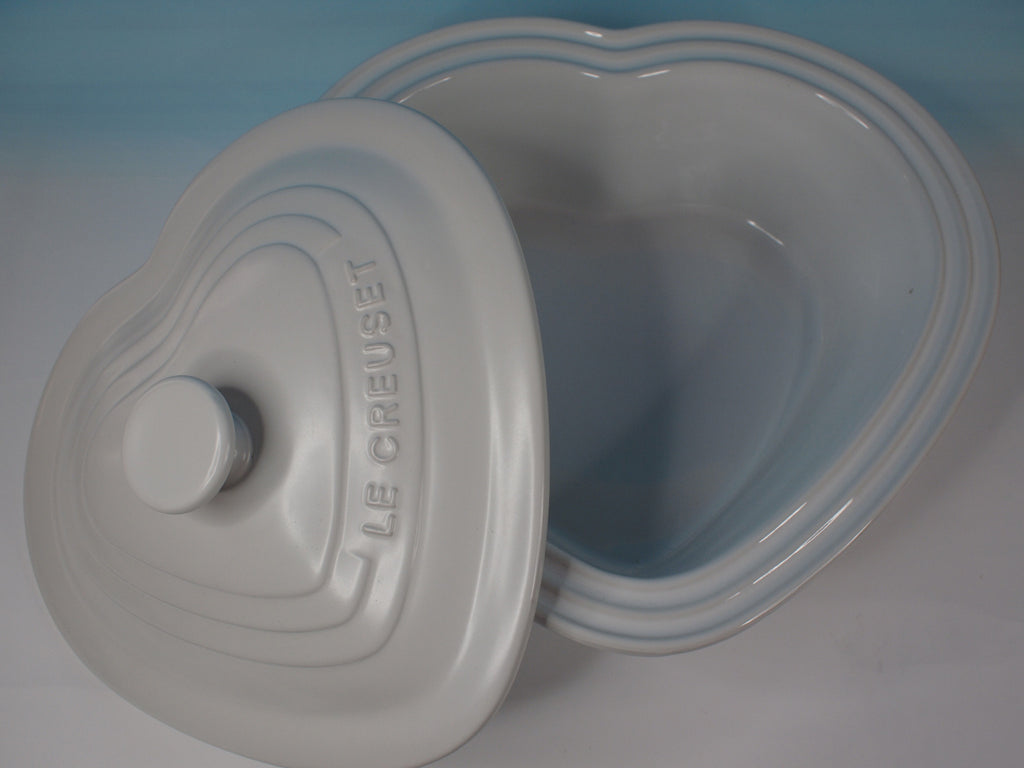 Le Creuset Deep Heart Dish with Lid - 阿太雜貨 (英國,香港集運) - 1