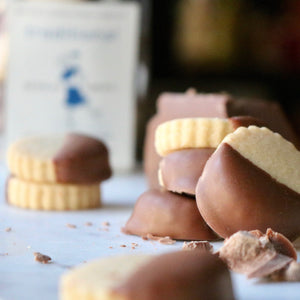 Wee Traditional & Milk Chocolate Bites - Douglas Sweets