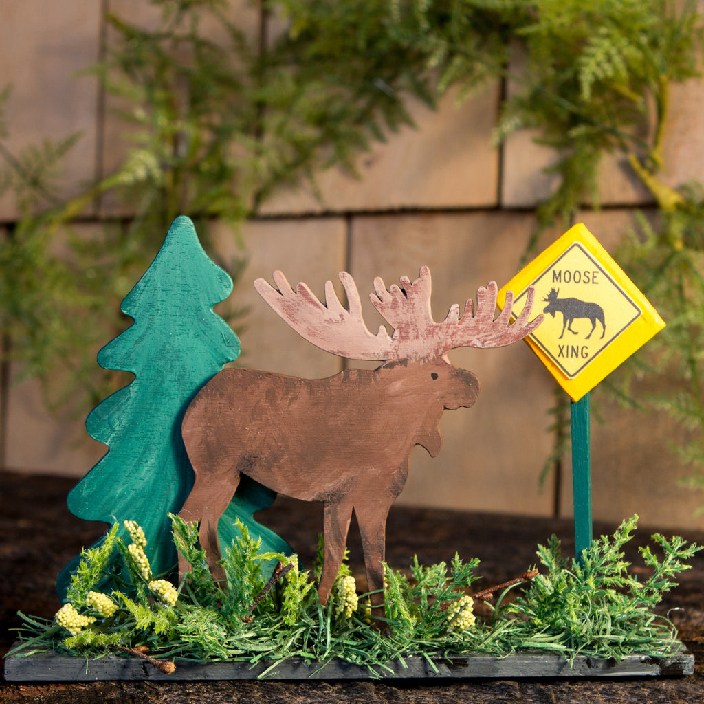 Moose Crossing Topper