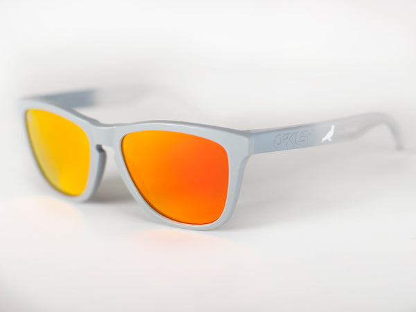 Staple x Oakley Frogskin Sunglasses - Sunglasses | Staple Pigeon
