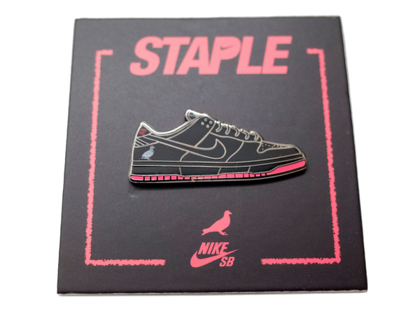 Nike SB x Staple x Pintrill - Pin - Staple Pigeon