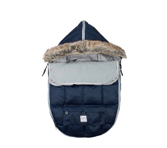 7 AM LE SAC IGLOO Small Navy Baby Bunting