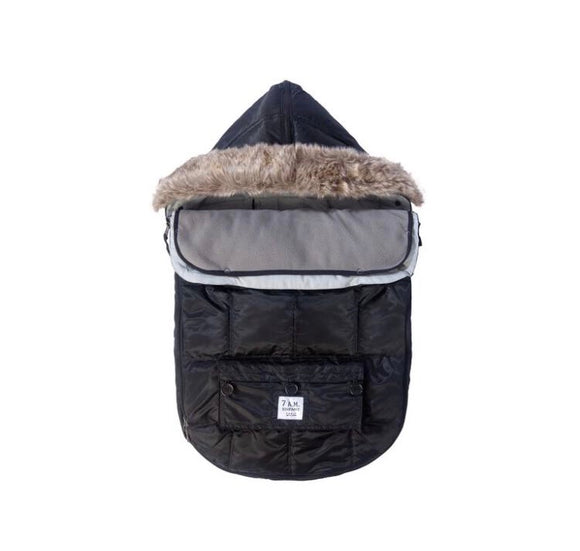 7 AM LE SAC IGLOO Medium Black Baby Bunting