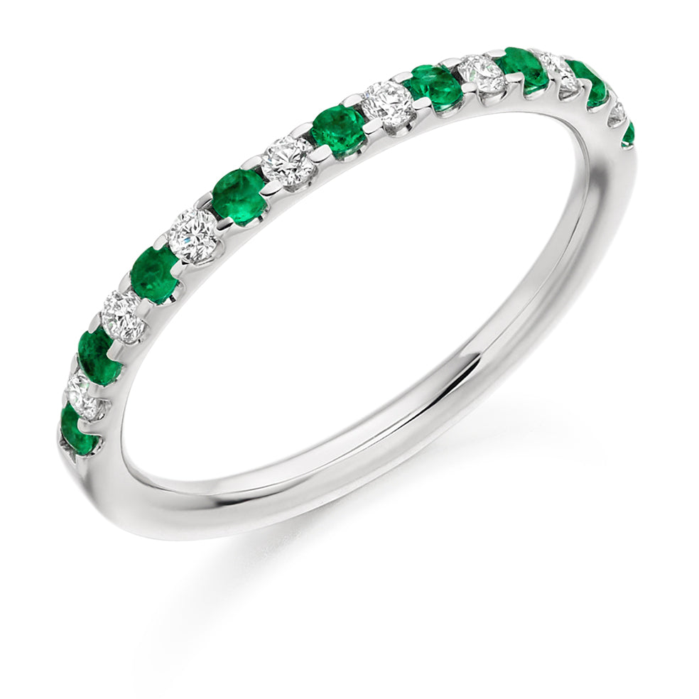 Micro-claw Set Emerald and Diamond Ring