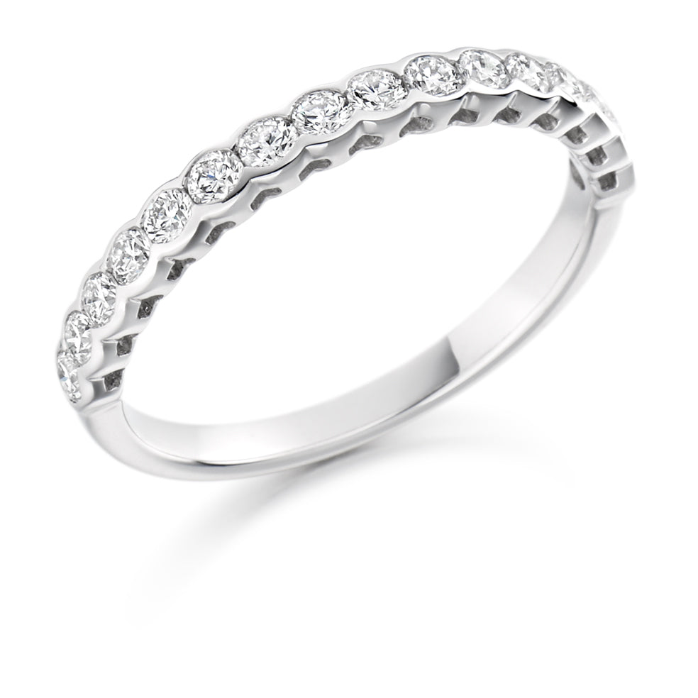 Scallop Half Collet Diamond Ring