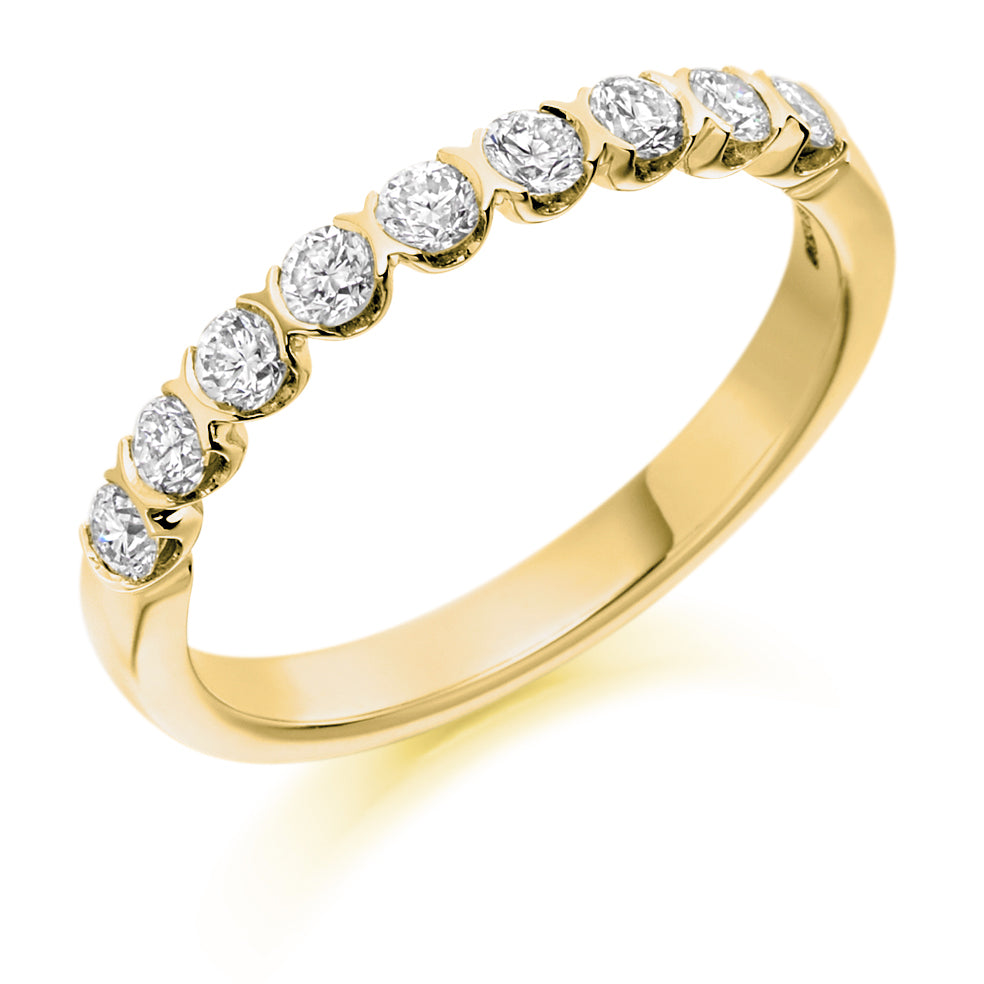 Bar Set Round Diamond Ring
