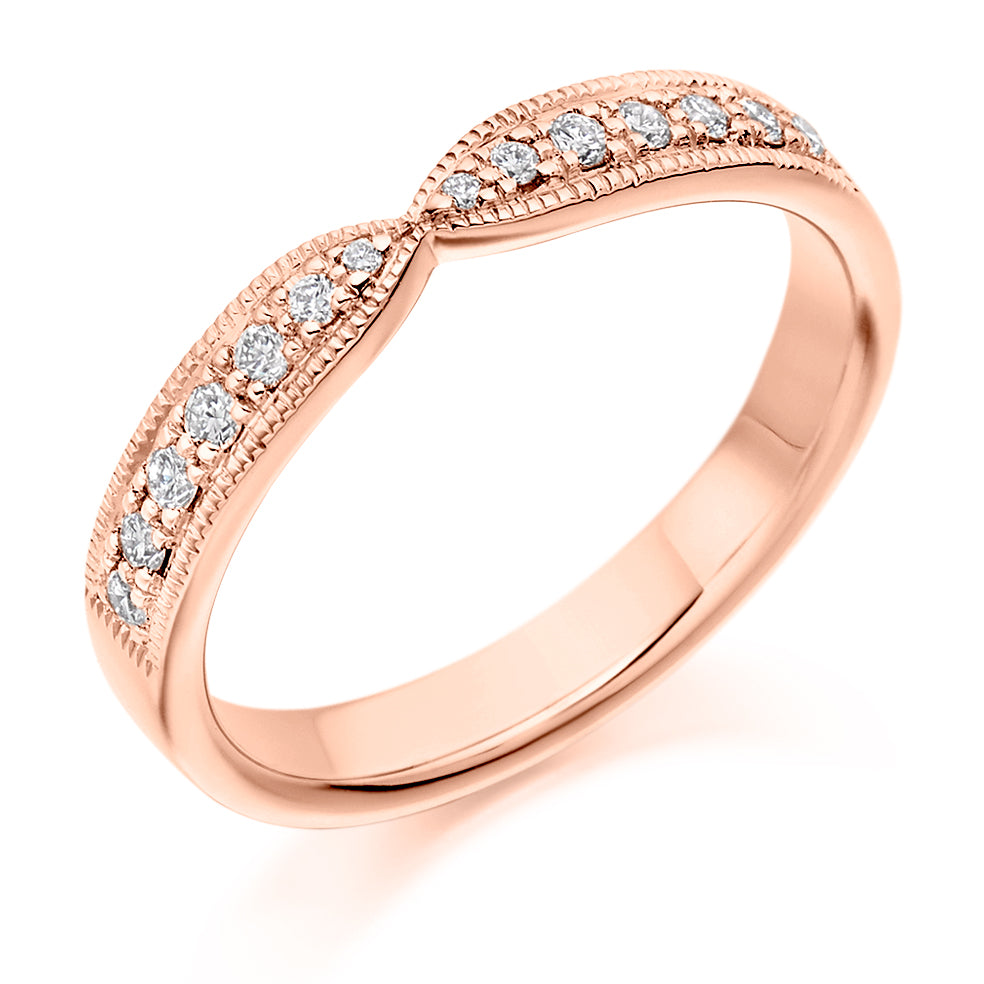 Pinched Shaped Diamond Ring