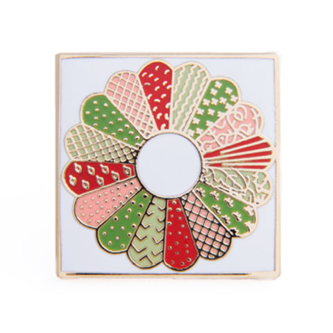 Dresden Plate Pin, Red & Green