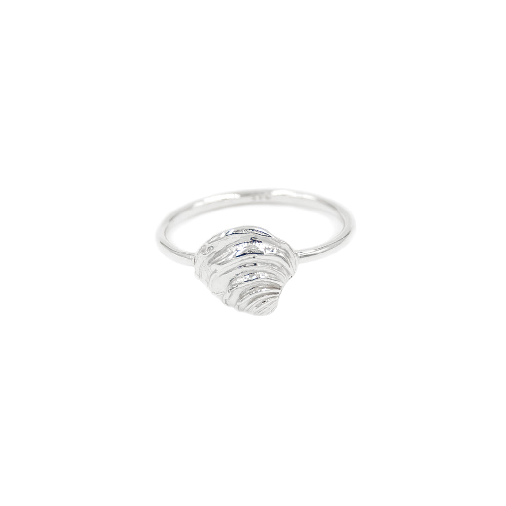 Tiny Shell Ring