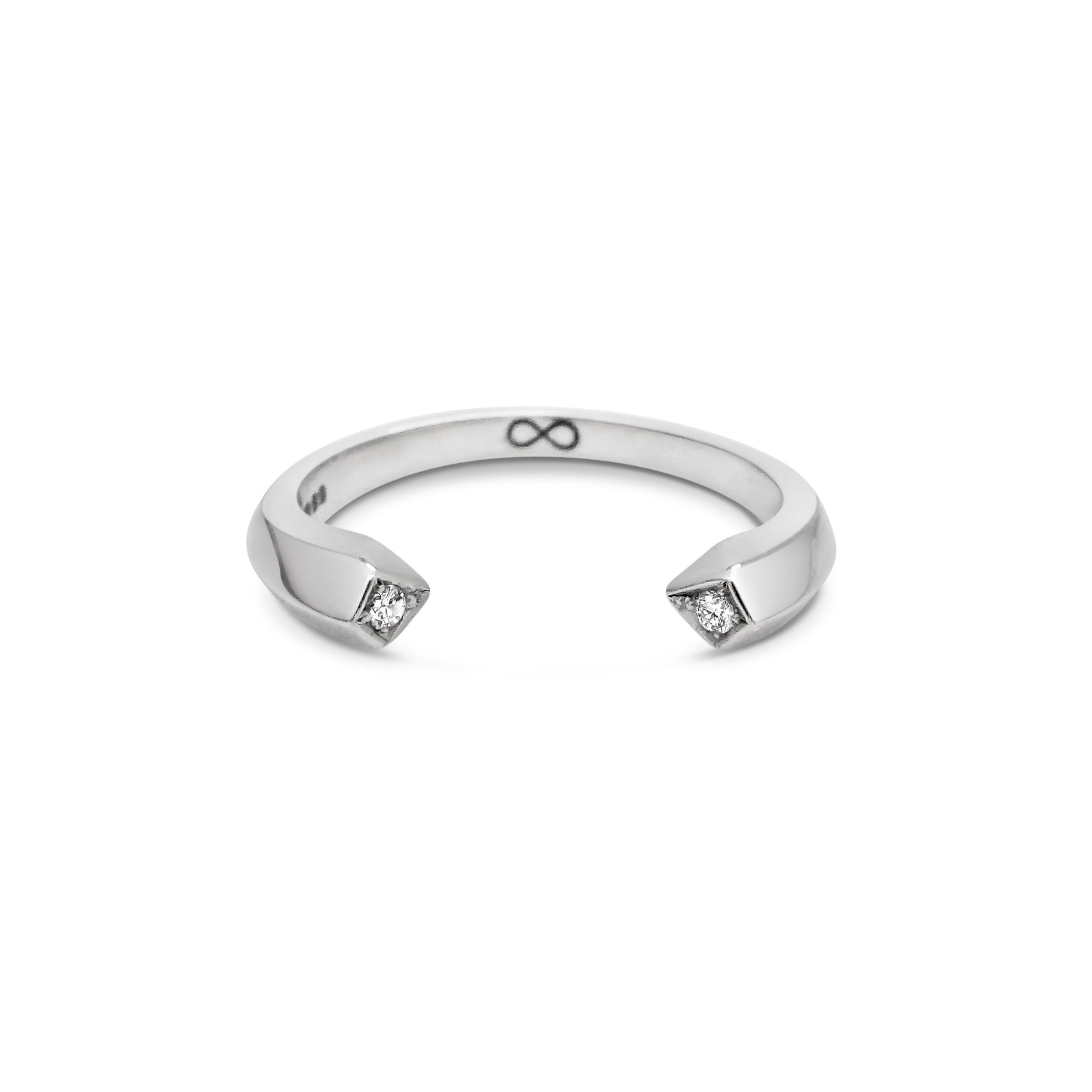 18ct White Gold Wedding Band with Diamonds
