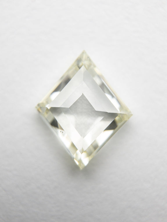 1.02ct 8.95x7.33x2.48mm VS2/SI1 R-S Lozenge Step Cut 18343-01 - Rachel Boston Jewellery