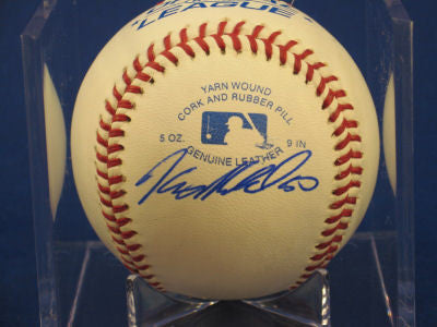 Kenny Moreland signed Baseball Auto