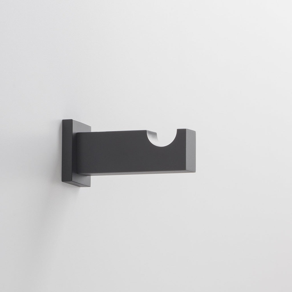 sku_image,breyman-wall-hook-true-black,false,false