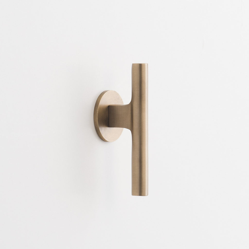 sku_image,galley-pull-natural-brass,false,false