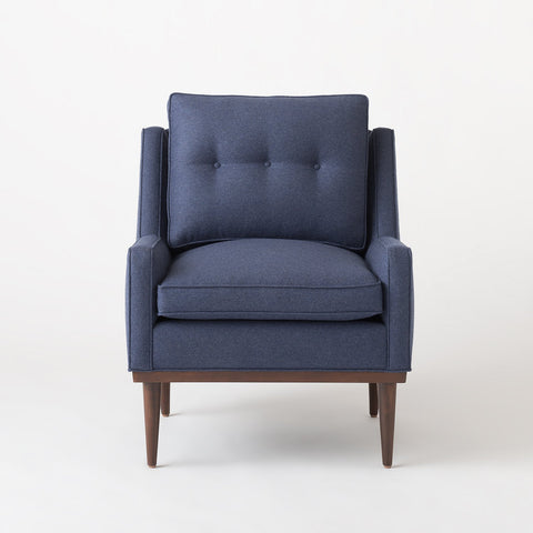 classic sofas loveseats couches and chairs schoolhouse