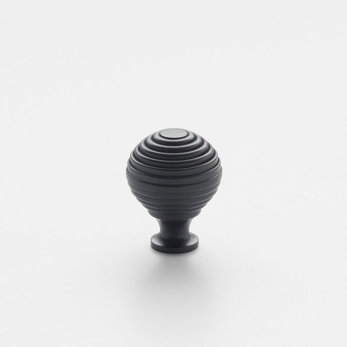 sku_image,hive-knob-true-black,false,false