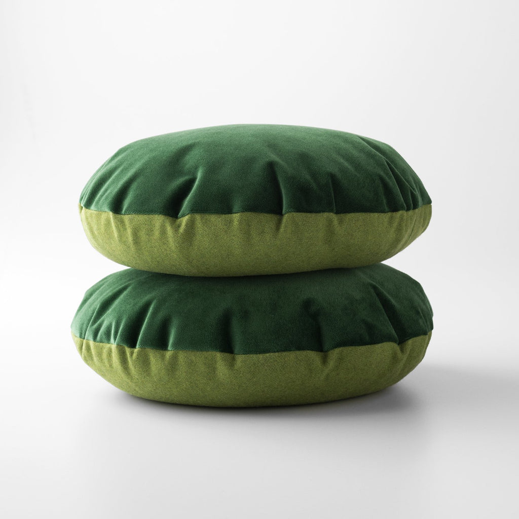 sku_image,green-velvet-wool-circle-pillow,false,false